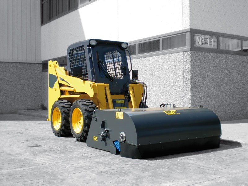 Sweeper With Collection Bucket – SP/SW/SWH